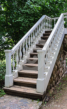 Free White Staircase With Banister Stock Images - 72779514