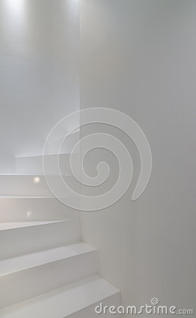 Free White Stairscase Royalty Free Stock Photo - 94644195