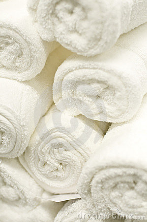Free White Towels Stock Photo - 4152150