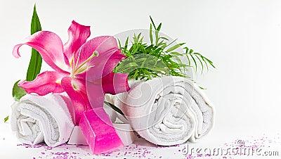 White towels lilium magenta