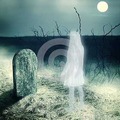 Free White Transparent Woman Ghost On Cemetery Stock Images - 33962384