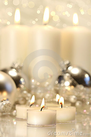 Free White Votive Candles Royalty Free Stock Images - 3597949