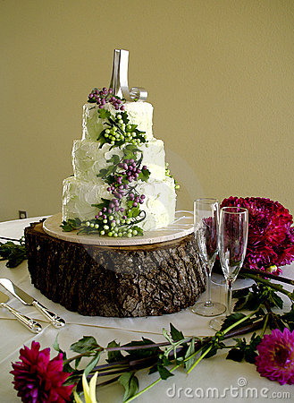 White Wedding Cake Grapes and Glasses