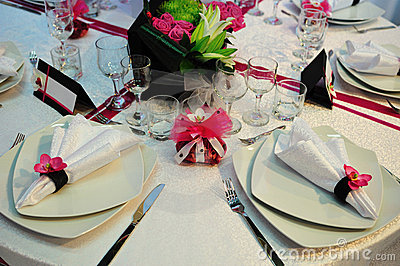 White wedding dinner reception table