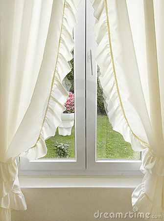 Free White Window With Curtains Stock Image - 6201701