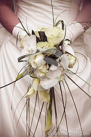 White and yellow roses wedding bouquet