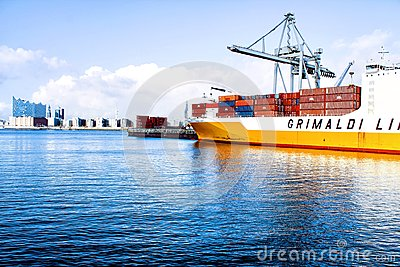 White And Yellow Ship On Large Body Of Water Free Public Domain Cc0 Image