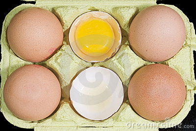 Whole and broken eggs
