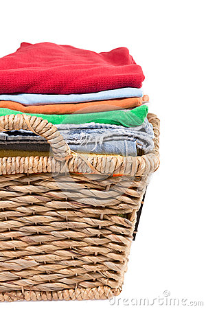 Free Wicker Basket Of Clean Fresh Laundry Stock Photography - 38639002