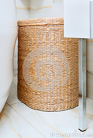Free Wicker Clothes Basket In The Bathroom Royalty Free Stock Photos - 29159728