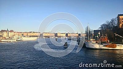 Wide River Flowing Through A City Free Public Domain Cc0 Image