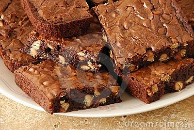 Wider view of fresh baked brownies