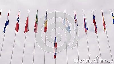 Widok falowanie federaci rosyjskiej flaga maszt spod spodu zdjęcie wideo