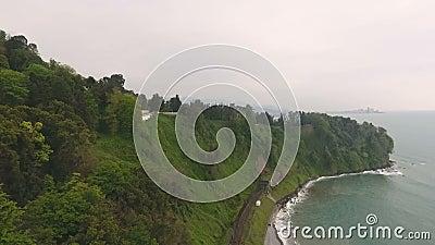 Widok linia kolejowa tunel na wzgórzach Batumi ogród botaniczny, transport zbiory