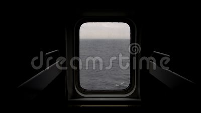 Widok morze od porthole statek zbiory wideo