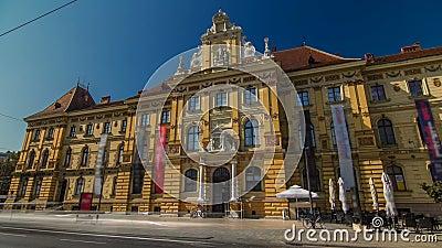 Widok muzeum sztuk i rzemioseł timelapse hyperlapse w Zagreb podczas dnia Zagreb, Chorwacja zbiory