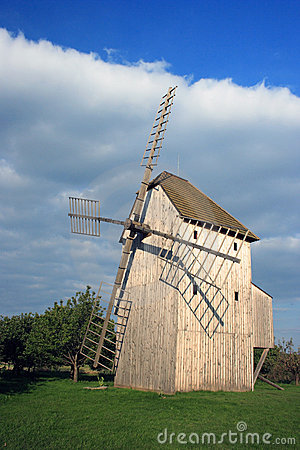Free Wind Mill Stock Photography - 3242142