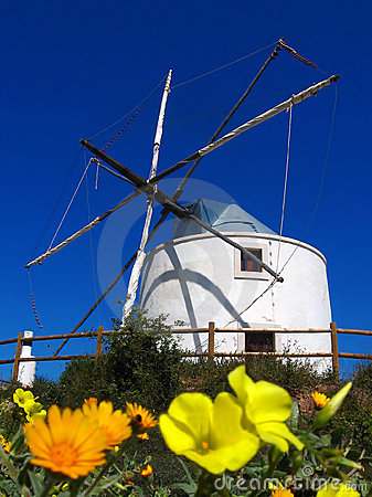 Free Wind Mill In Algarve, Portugal Royalty Free Stock Images - 9288629