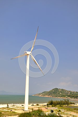Wind power generator by sea