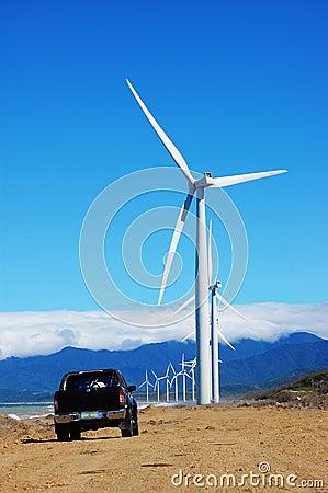 Wind turbine with a black pickup
