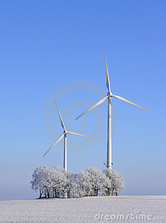 Free Wind Turbines In Winter Royalty Free Stock Images - 8059709