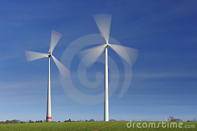 Wind turbines in movement