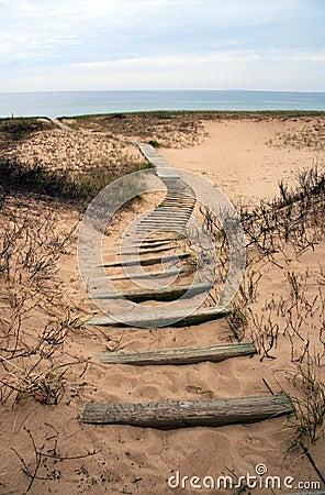 Free Winding Boardwalk On Michigan Beach Royalty Free Stock Photography - 12135127
