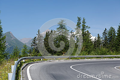 Winding mountain road