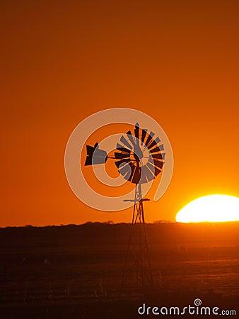 Windmill sunset 2