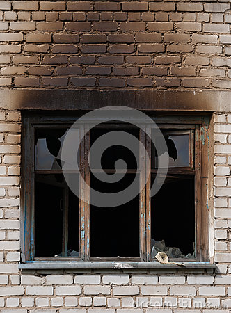 Free Window After Fire Royalty Free Stock Photo - 81523675