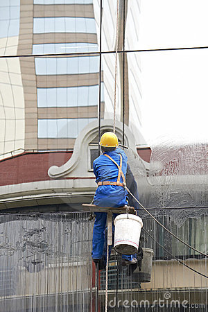 Free Window Cleaner Royalty Free Stock Photography - 14282927