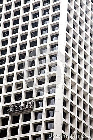 Window cleaner platform on a building