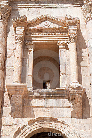 Window on Hadrian s gate in  Jerash