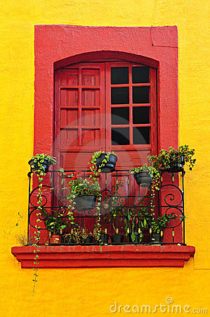 Free Window On Mexican House Royalty Free Stock Photos - 13198268