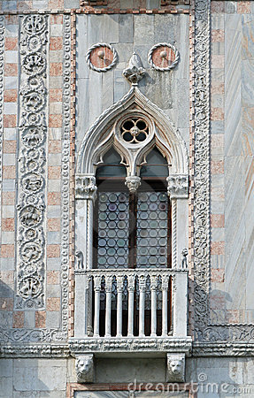 Free Windows Of Venice Royalty Free Stock Photography - 2622197