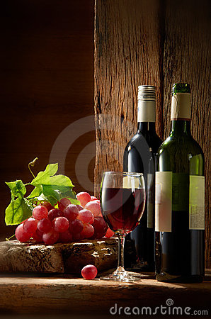 Free Wine Royalty Free Stock Image - 22498656