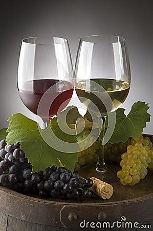 Free Wine Royalty Free Stock Photo - 3039995