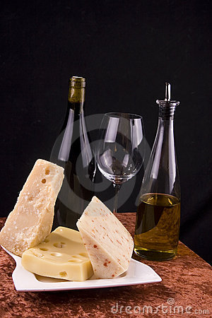 Free Wine And Cheese Appetizer Stock Images - 4573014