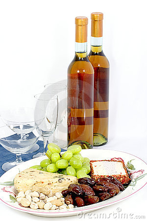 Free Wine And Cheese Platter Stock Photos - 2040063