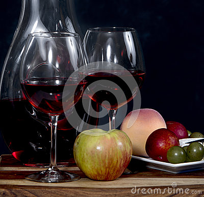 Free Wine And Fruit Stock Photography - 91428512