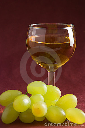 Free Wine And Grapes Royalty Free Stock Photography - 1891467
