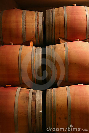 Free Wine Barrels Stock Images - 220754