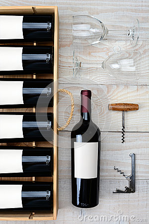 Free Wine Bottle Case And Glasses Royalty Free Stock Photography - 47265587