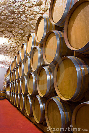 Free Wine Cellar Royalty Free Stock Photos - 12847458