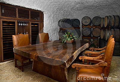 Wine cellar dinning space