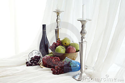 Wine  & Fruit  Feast