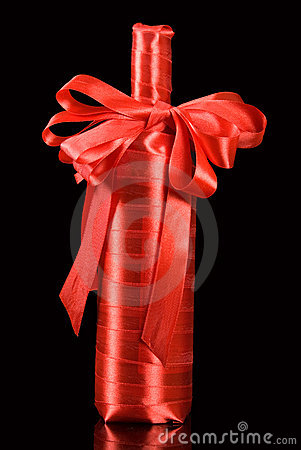 Free Wine Gift Royalty Free Stock Photography - 9161507