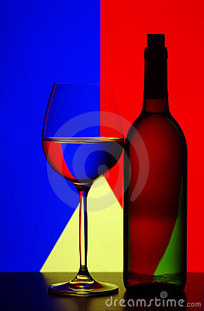 Free Wine Glass And Bottle Royalty Free Stock Photography - 16280867