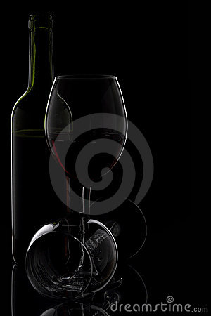 Wine glass & bottle