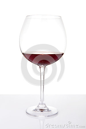 Wine glass with reflection